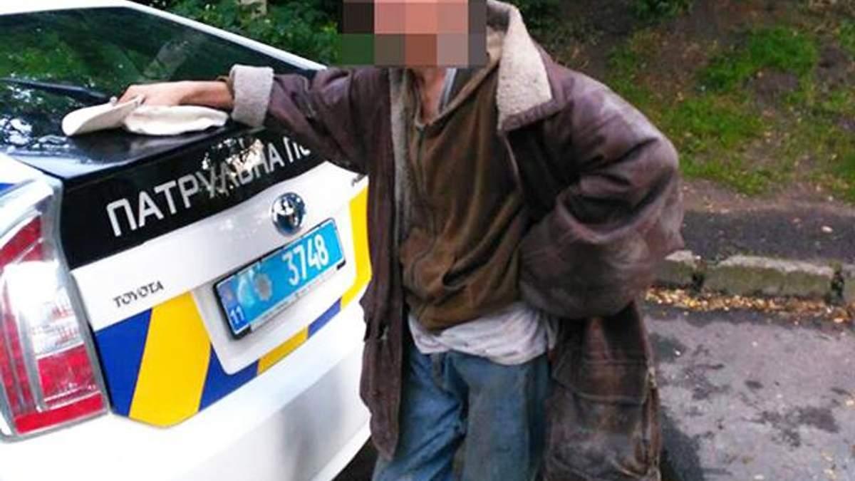 Нападник уламком скла порізав горло чоловікові у Львові