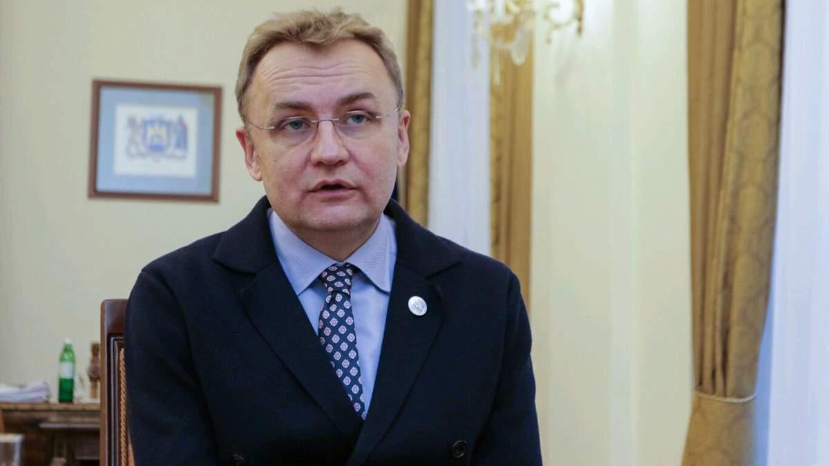 Прослуховування та стеження: Садовий заявив про тотальний контроль з боку влади