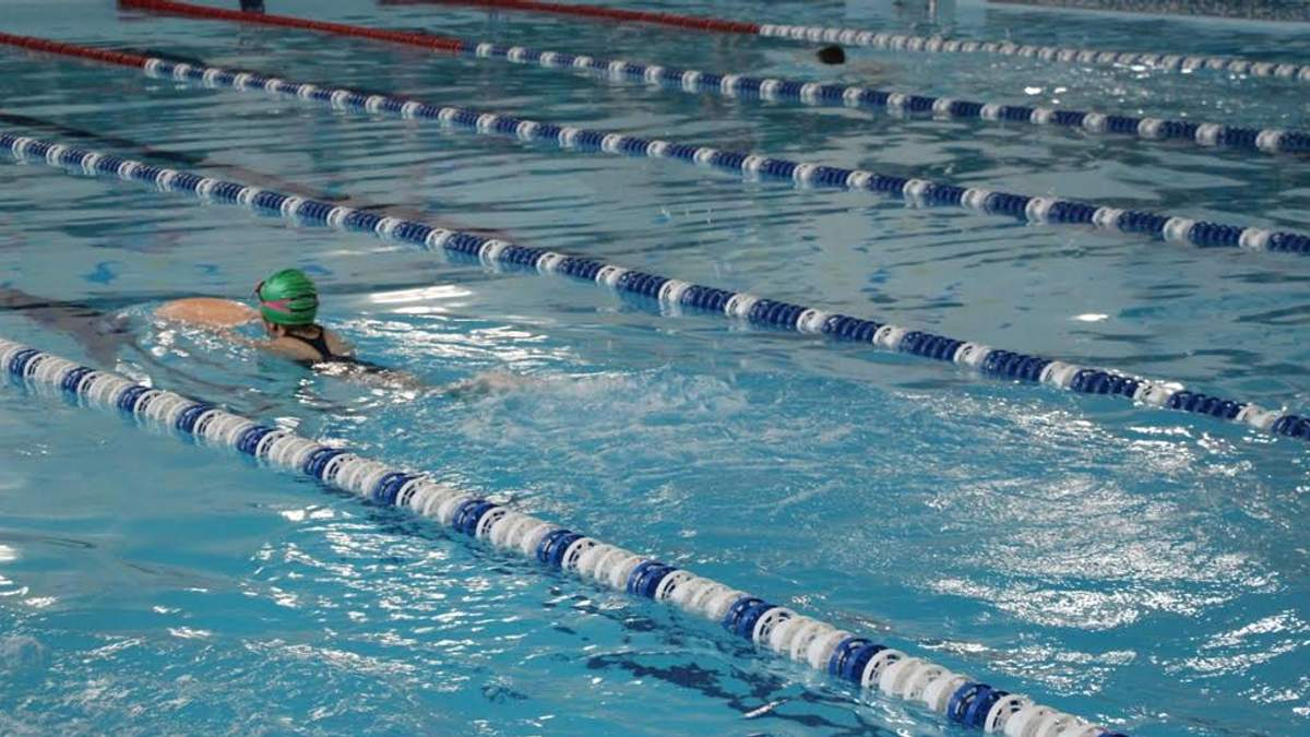 Жахлива смерть дитини у Львові: школярка померла після занять у басейні