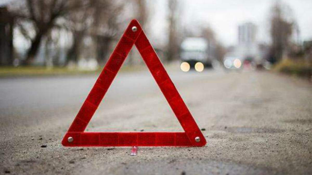 П'яний поліцейський збив насмерть двох хлопців на Львівщині