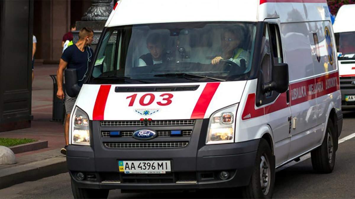 На Львівщині зіштовхнулись легковик та маршрутний автобус з пасажирами: є загиблі