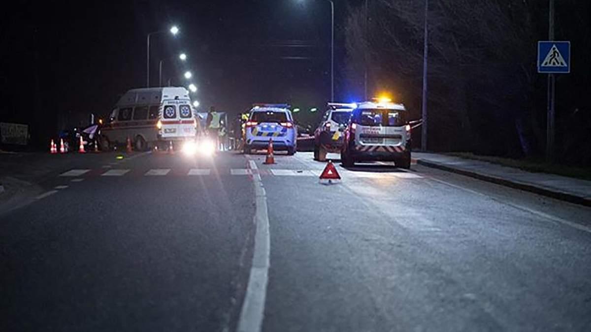 ДТП на трасі Київ – Чоп – загинула 3-річна дитина, фото з місця ДТП