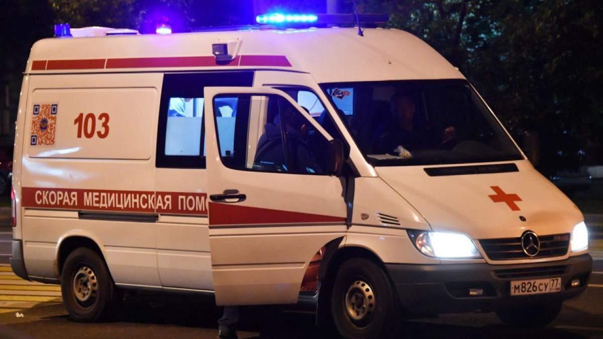 В школьной уборной на Львовщине нашли мертвым учителя