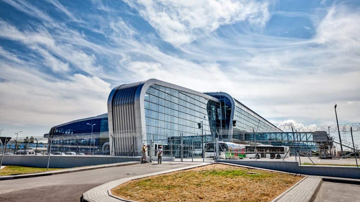 Львовский аэропорт запустил международные грузоперевозки