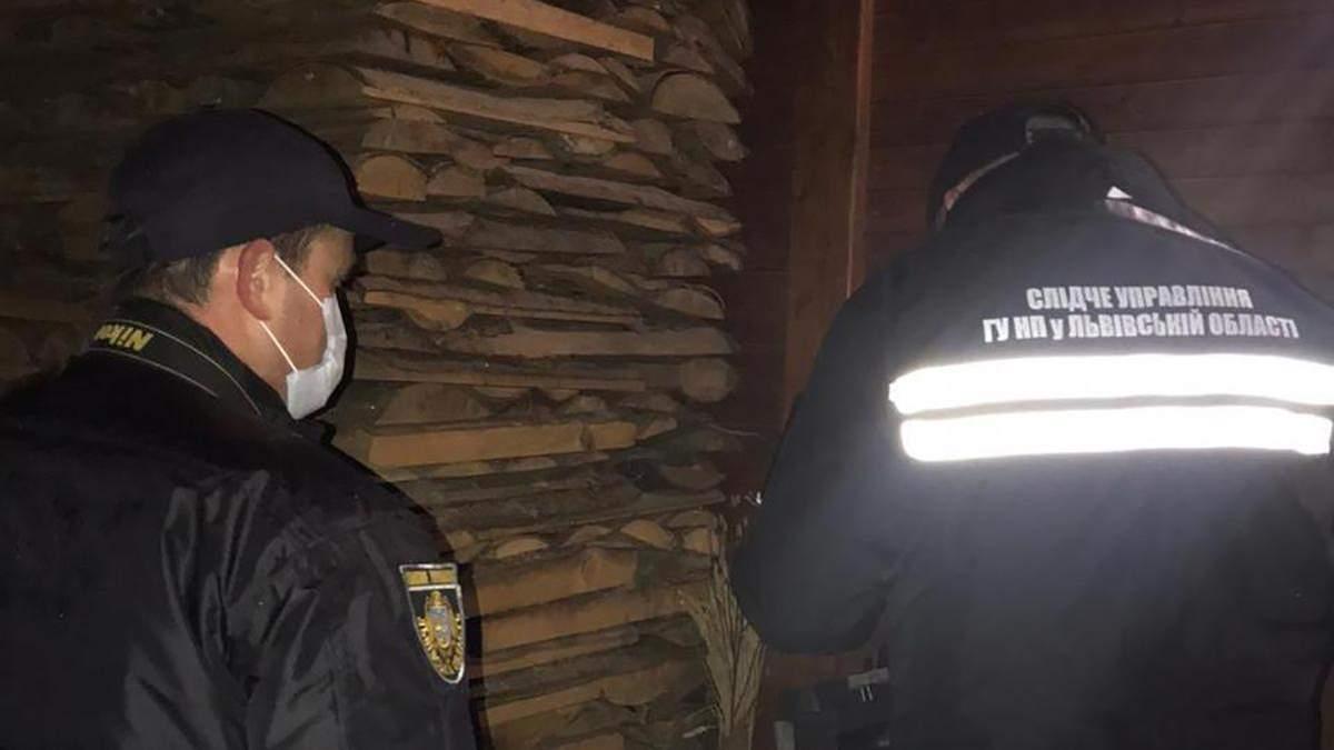 Жінка вистрілила з ручниці у своїх дітей і вчинила самогубство на Львівщині