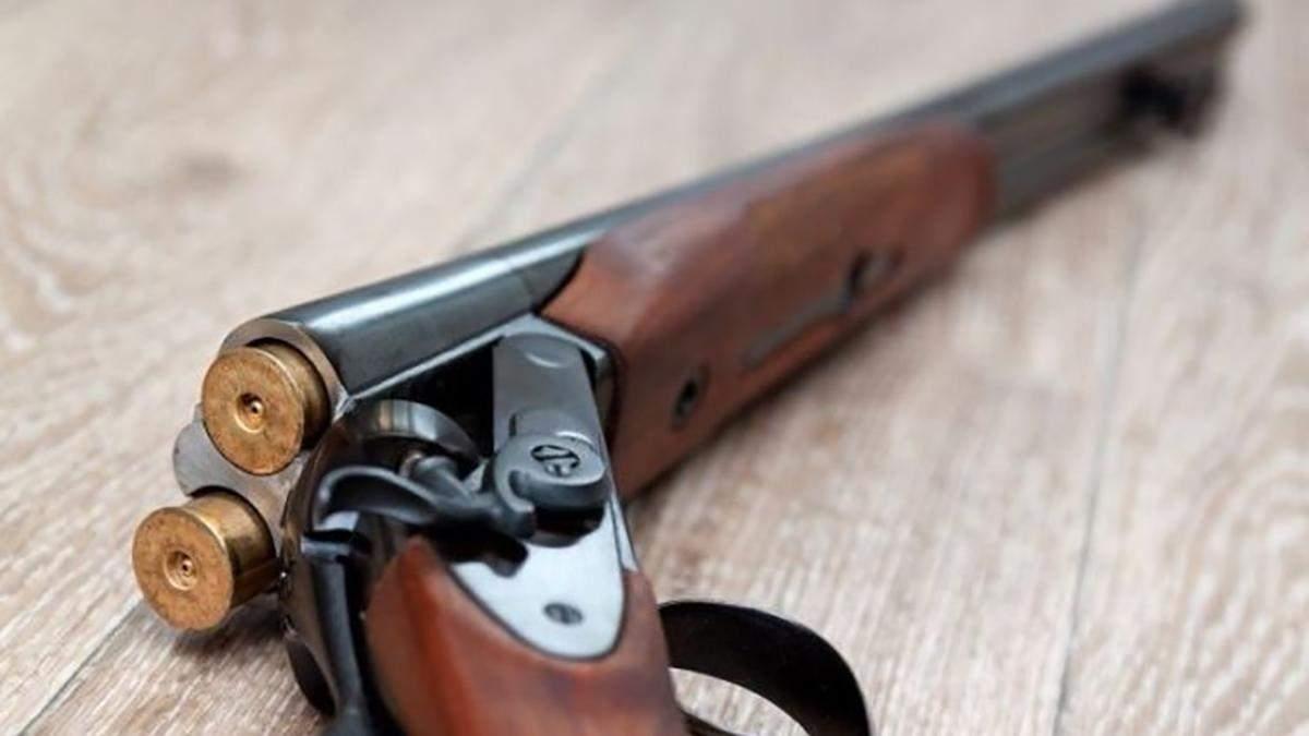 Матір розстріляла своїх доньок під Львовом: нові деталі трагедії