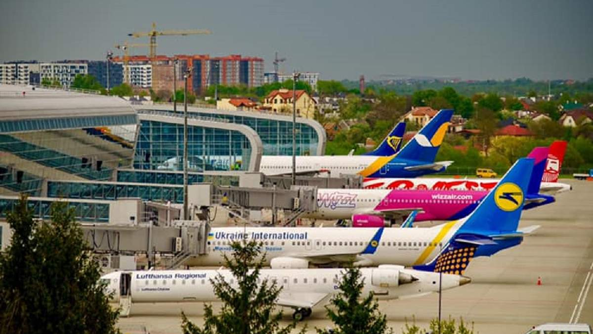Аэропорт Львов восстановит ряд авиарейсов: куда можно улететь