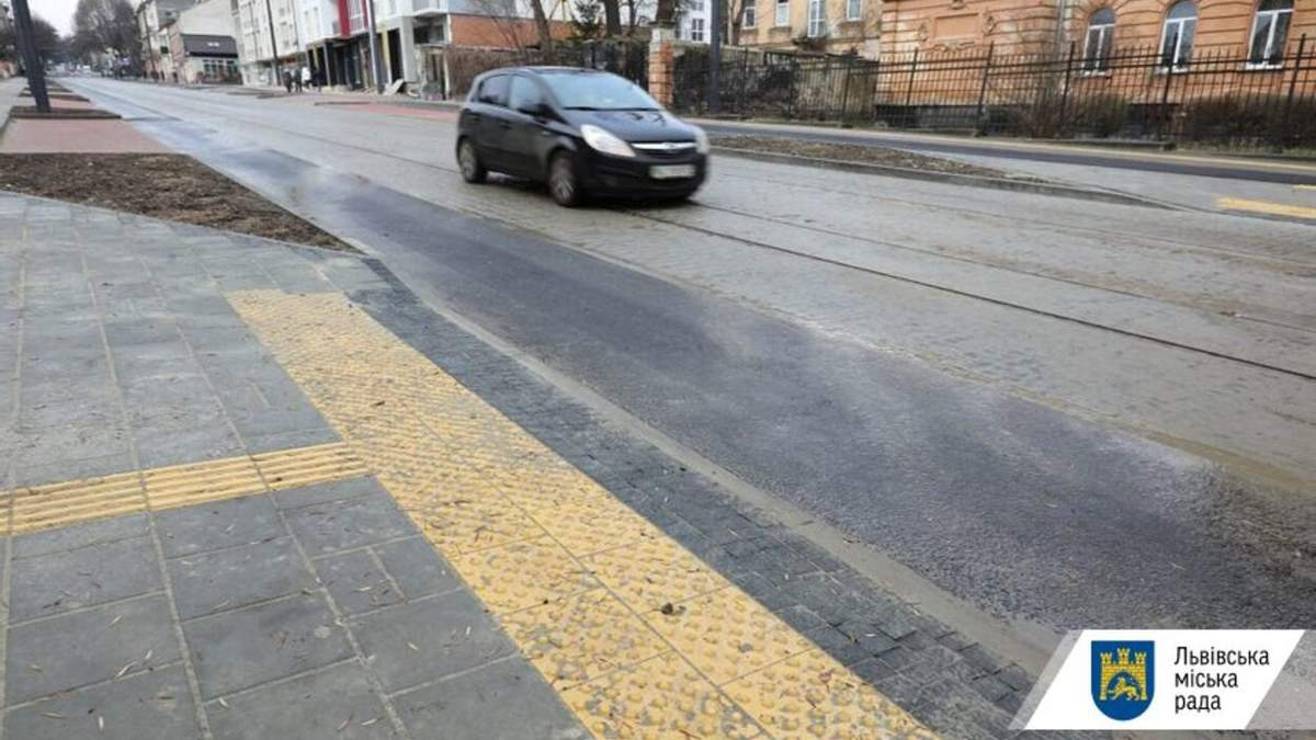 Во Львове открыли для проезда отремонтированную улицу Шевченко