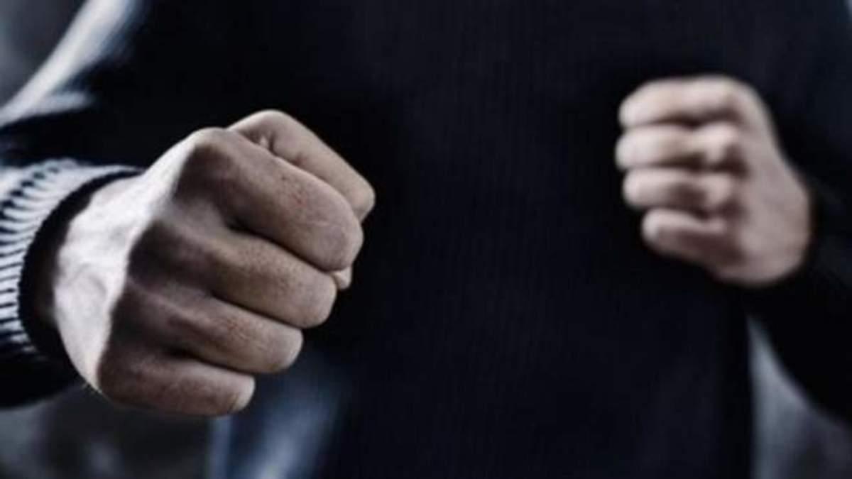 У Львові чоловік побив поліцейських: зловмиснику загрожує до 5 років за ґратами