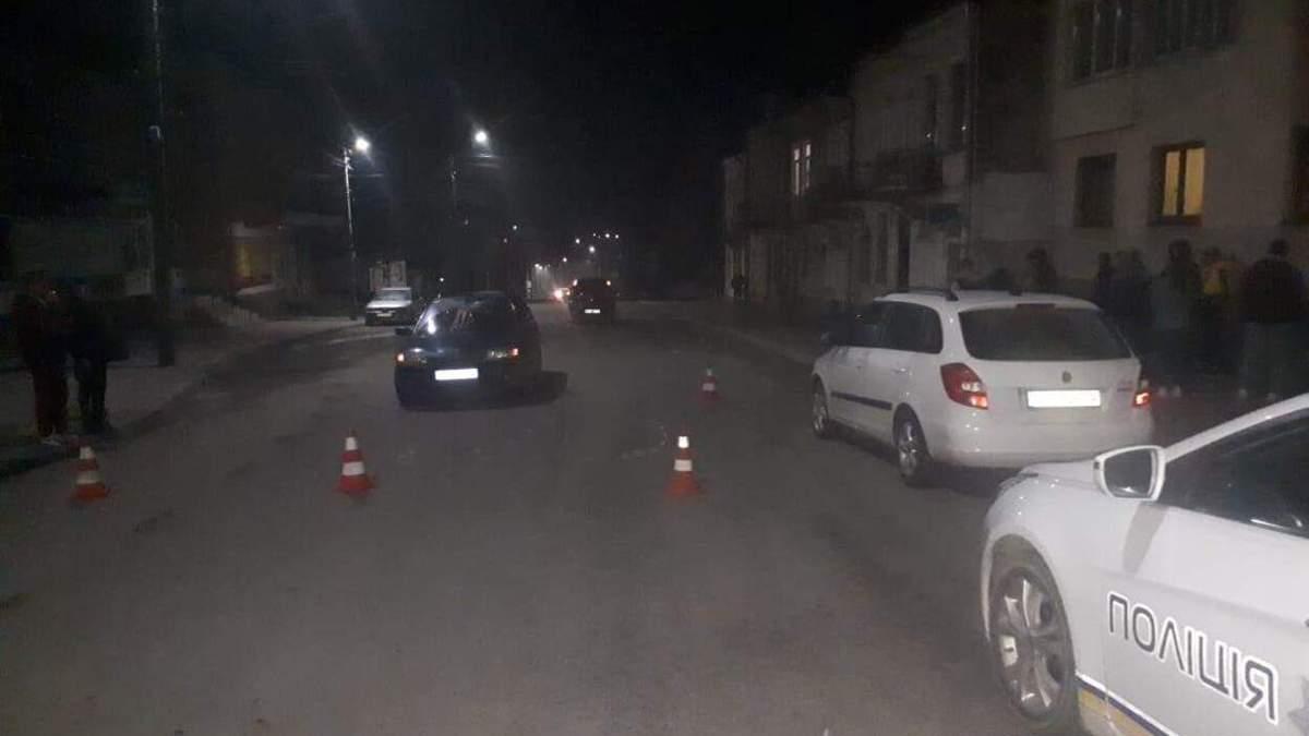 Чудом выжил: во Львовской области мужчину переехали сразу 2 машины – фото