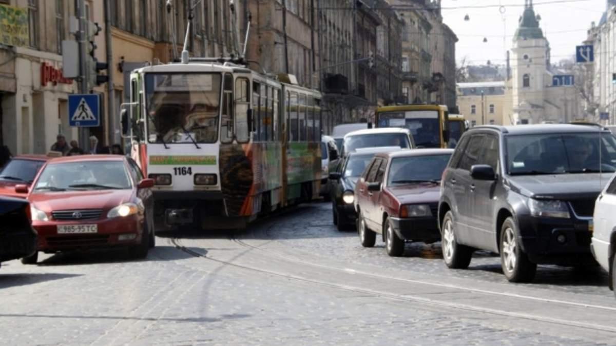Заторів стане менше: на 16 проблемних перехрестях Львова реорганізують рух