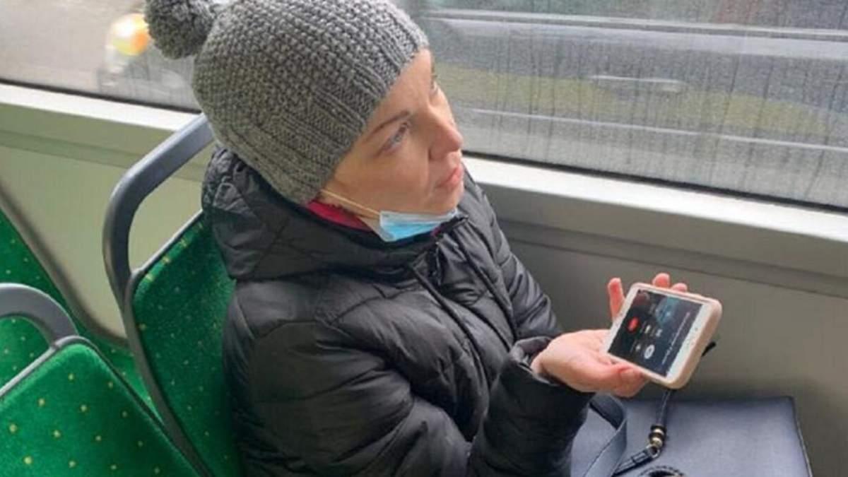 """Во Львове депутатку от """"ЕС"""" оштрафовали за безбилетный проезд в троллейбусе: видео"""