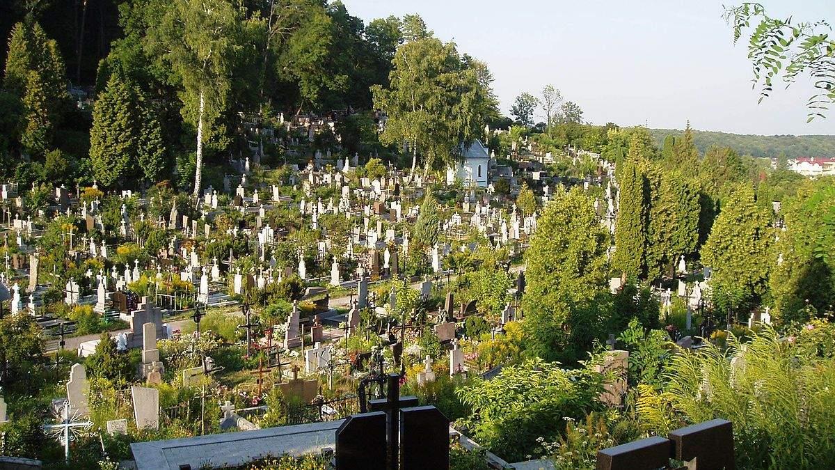 У Львові значно збільшилась кількість поховань: моторошна статистика