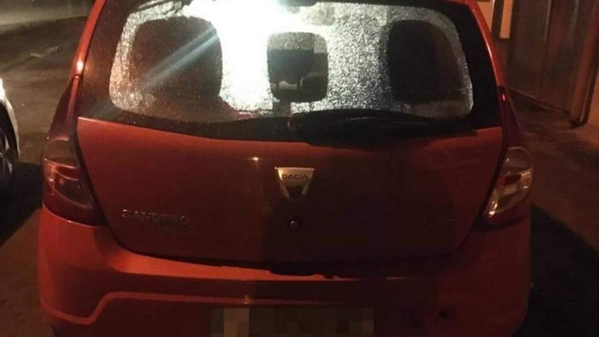 Пьяный Львовский таксист ездил с водительским удостоверением отца, умершего 12 лет назад: фото