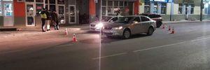 У Винниках водій Skoda збив чоловіка: постраждалий потрапив до лікарні – фото