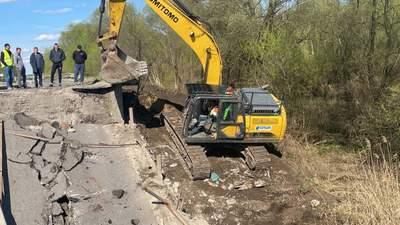 Надзвичайна ситуація об'єктового рівня: назвали ймовірну причину обвалу мосту на Львівщині
