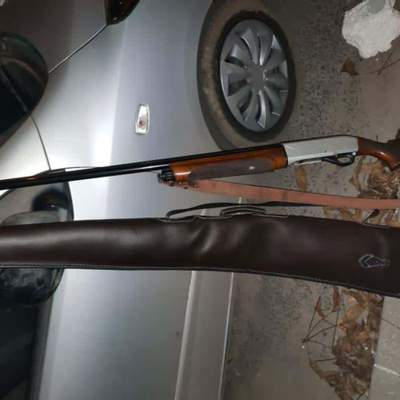 Целился из ружья в женщину: во Львове задержали пьяного хулигана – фото
