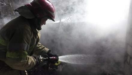 Во Львове случился сокрушительный пожар: владельцы квартиры спали и едва не сгорели
