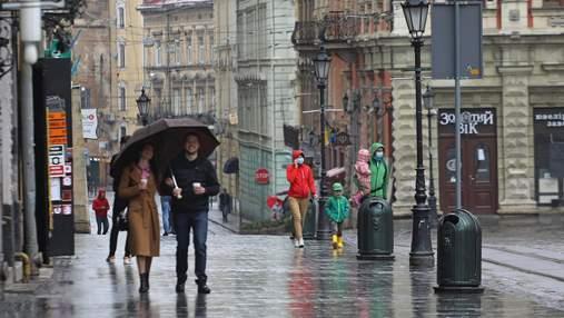 Гроза, град и сильный ветер: на Львовщине объявили штормовое предупреждение