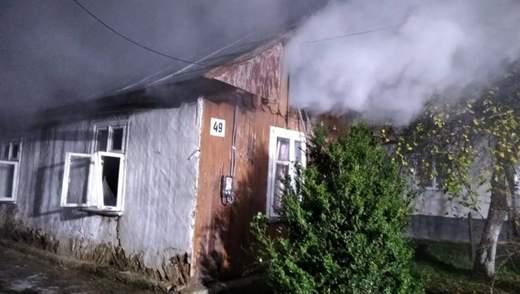 На Львовщине произошел губительный пожар: женщина отравилась дымом и не могла спастись – фото